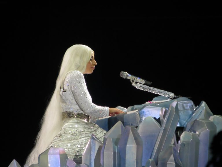 Zajímavé projekty využívající data zTwitteru. Kde se přálo Lady Gaga?