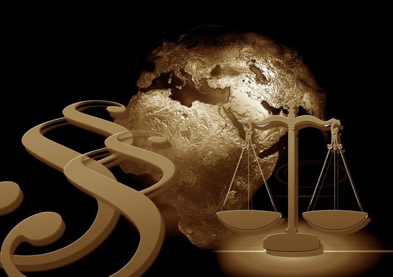 Právní profese a informace: Pozor na čmuchání kolem on-line dotazů