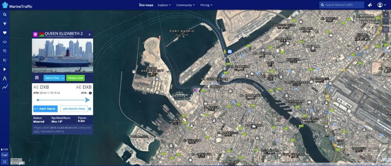 Obr. 3 ukázka uživatelského rozhraní základní obrazovky s otevřeným detailem plavidla (MarineTraffic 2021i)